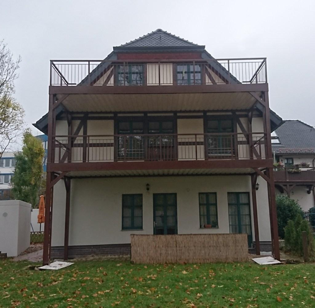 1-balkon-belag-holz