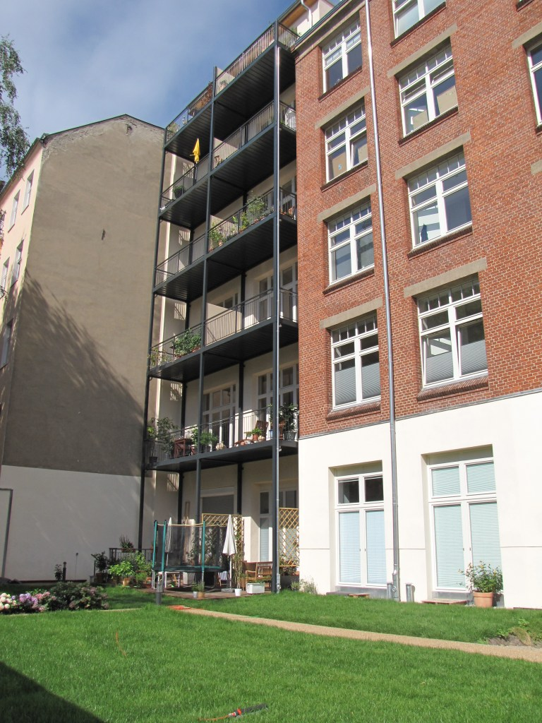 2-balkon-belag-holz