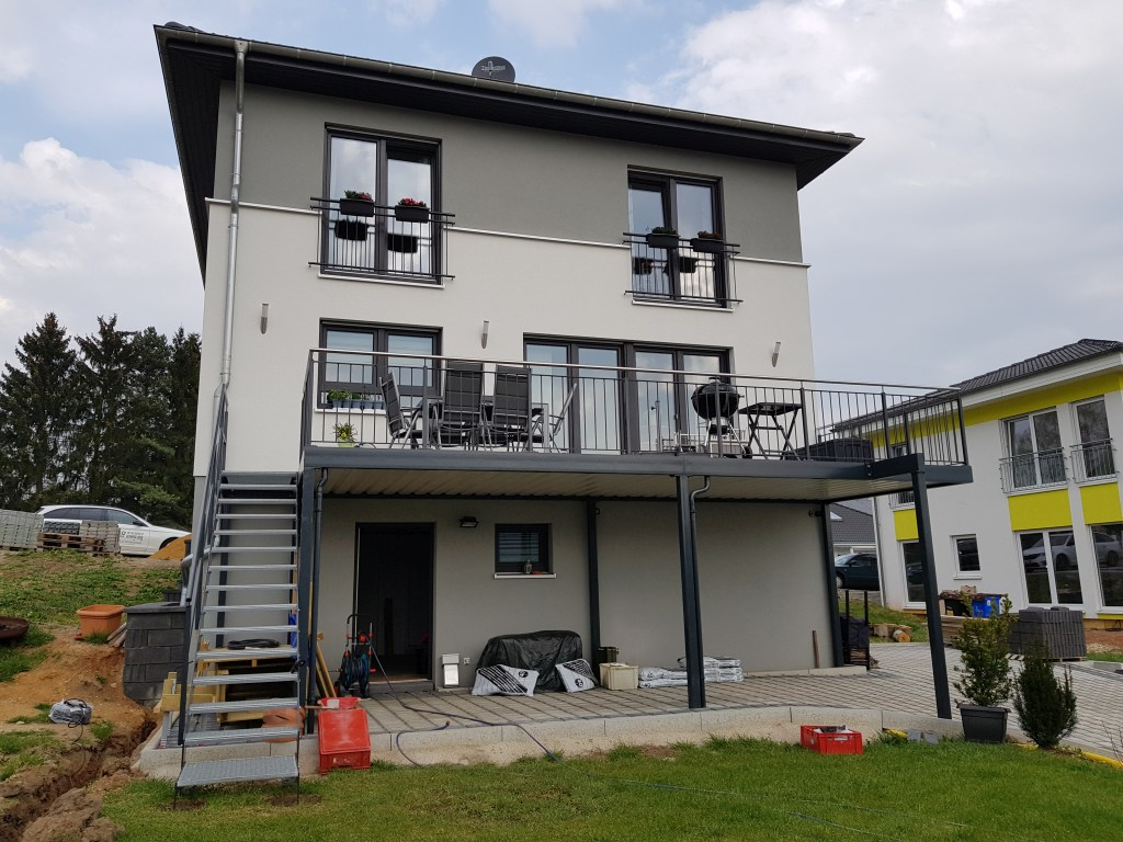 2-balkon-belag-wpc
