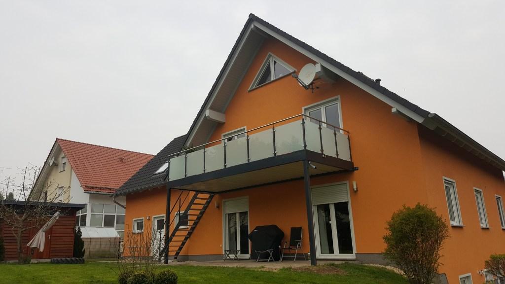 2-balkon-gelaenderfuellung-glas