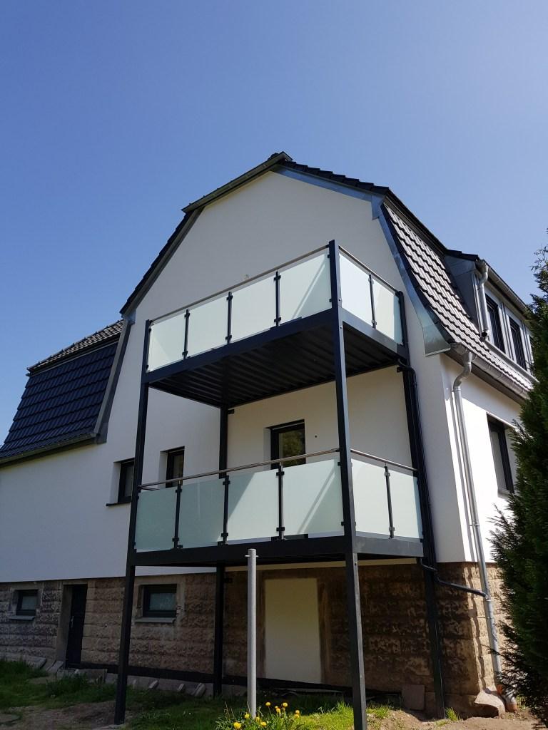 5-balkon-gelaenderfuellung-glas